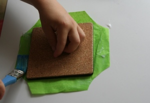 Glueing tissue paper