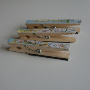 Clothes peg map clips