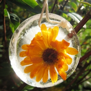 Iced bauble
