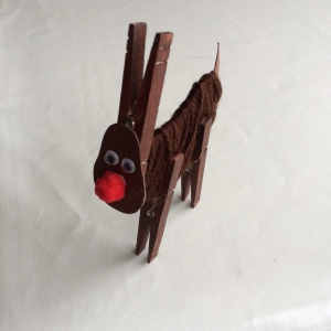 Clothes peg reindeer